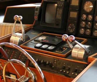 TollyCraft Yacht Interior
